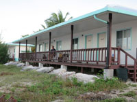 Land-based diver accommodation