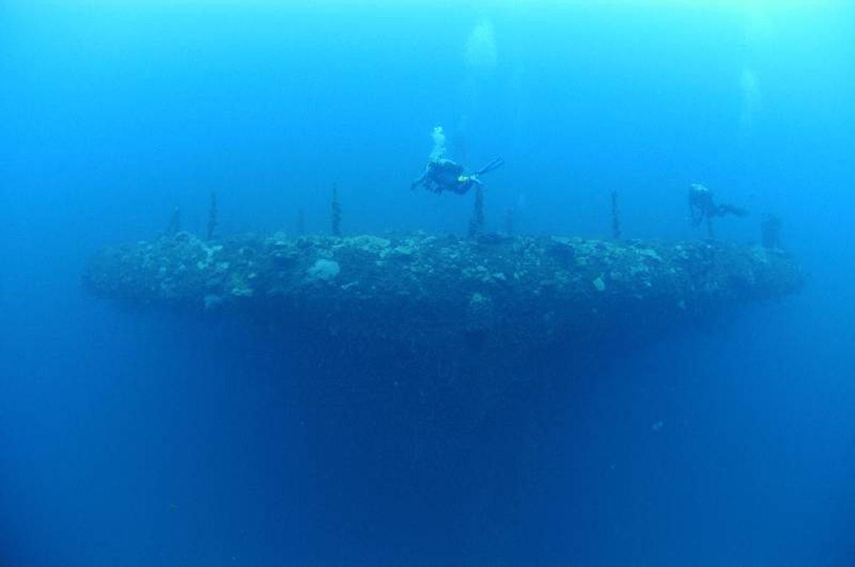 Bikini atoll shipwrecks